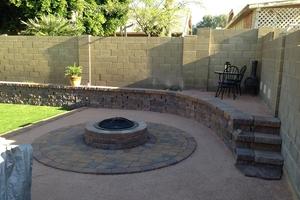 2020 Cinder Block Wall Costs Build A Concrete Block Wall Homeadvisor