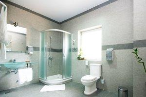 Shower Installation Costs HomeAdvisor - Cost to put bathroom in basement