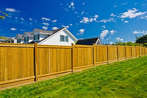 Install a Wood Fence in Sacramento