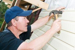 Repair or Partially Replace Vinyl Siding in Fort Worth