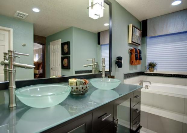 Do it yourself bathroom pro tips ways to save plus for Show me pictures of remodeled bathrooms