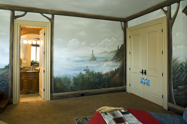 Murals - trompe l\'oeil, DIY, specialty painting, & local pros