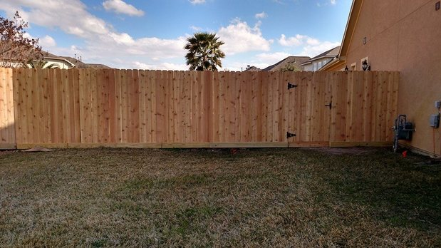Home Exterior In Katy By Hill Fence Amp Landscape