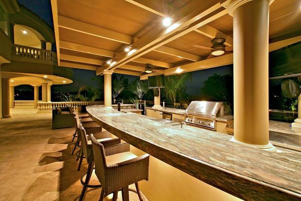 Transitional Outdoor Kitchen In Anaheim Barbecue Grill