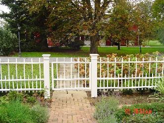 Custom Dowel Fence Pictures And Photos