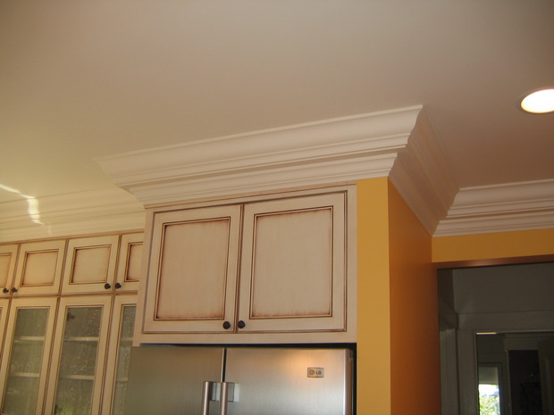 Transitional Kitchen In Spokane Valley Custom Yellow Wall Paint By Birchcrest Homes Inc