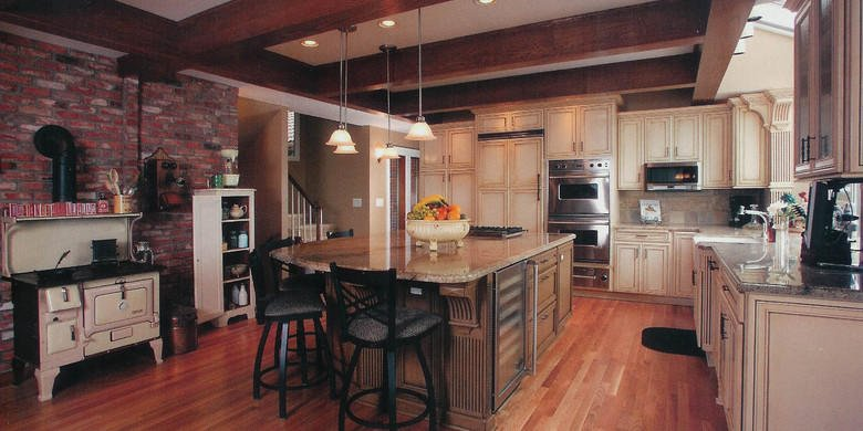 Traditional Kitchen with stainless steel appliances