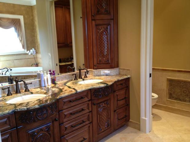 Bathroom in naples oil rubbed brass fixtures porcelain for Bathroom decor naples fl