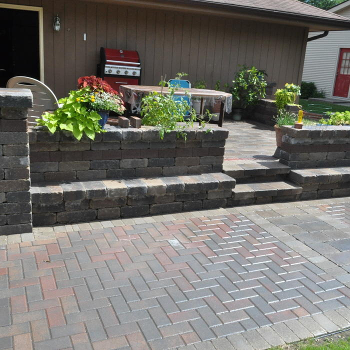 Prices On Landscaping Bricks : Brick paver costs price to install pavers patios