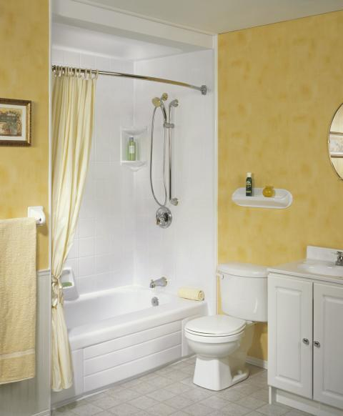 Traditional Basement with pale yellow shower curtain