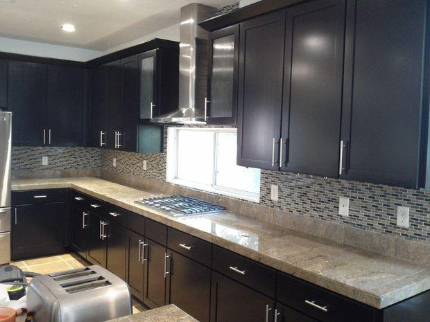 Transitional Kitchen In North Las Vegas Recessed