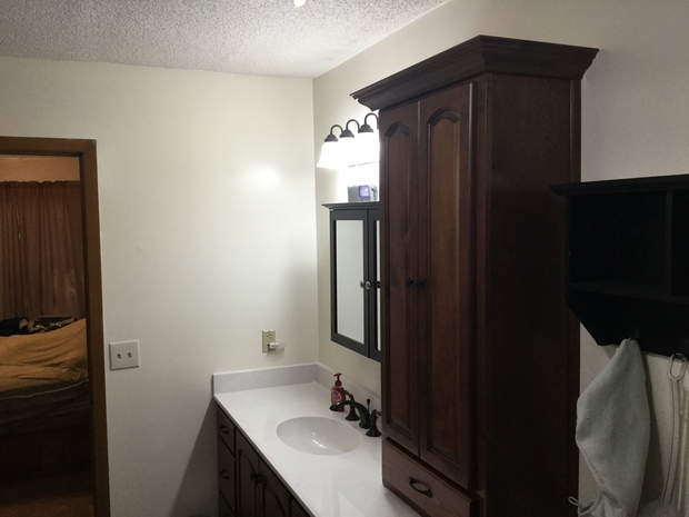 Bathroom in pensacola medicine cabinet mirror cabinet for Bath remodel pensacola fl