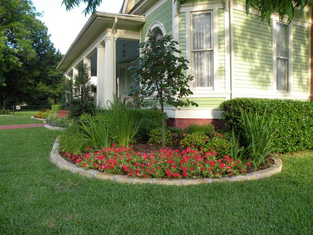 Traditional Landscape in Pantego - covered front porch, flat ... on back garden designs, front door garden designs, no maintenance garden designs, exterior garden designs, front porch garden plants, front entrance garden designs, patio garden designs, entryway garden designs, outdoor garden designs, courtyard garden designs, victorian rose garden designs, deck garden designs, sun garden designs, front porch garden shop, front yard garden designs, front patio garden, backyard garden designs, office garden designs, roof garden designs, front porch vegetable garden,