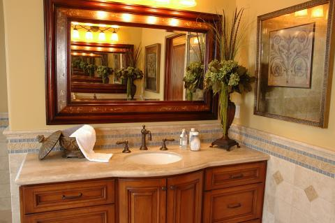 Contemporary Bathroom with classical style sink faucet and handles