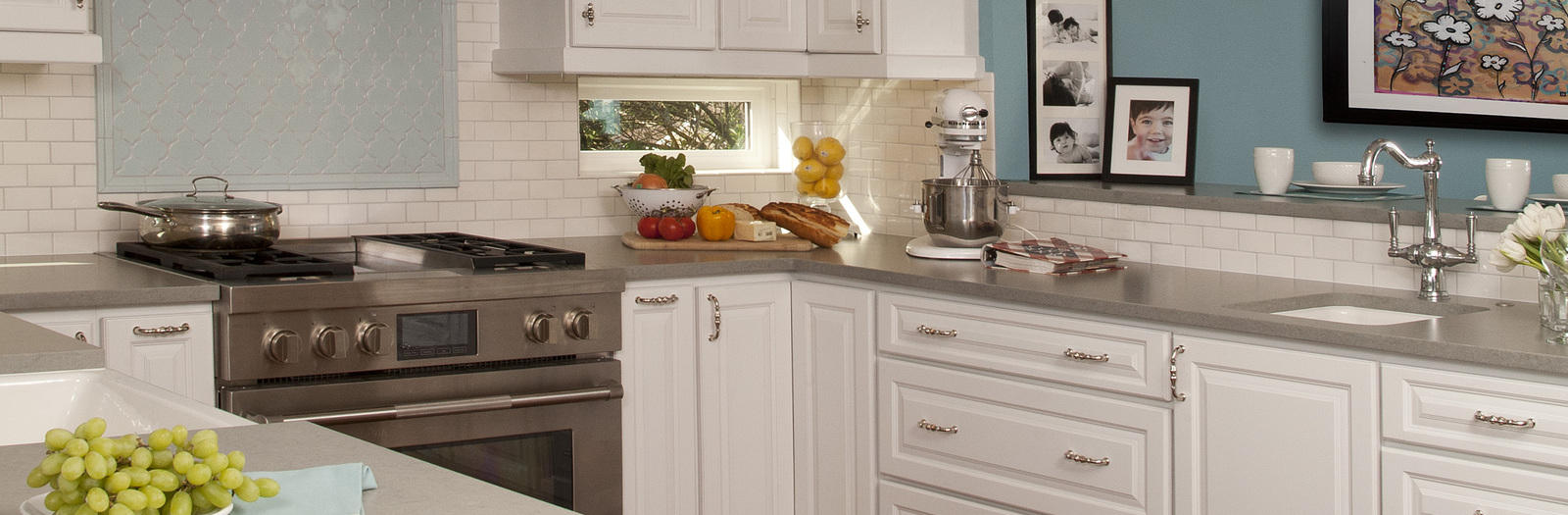 Transitional Kitchen with high end stainless steel gas range