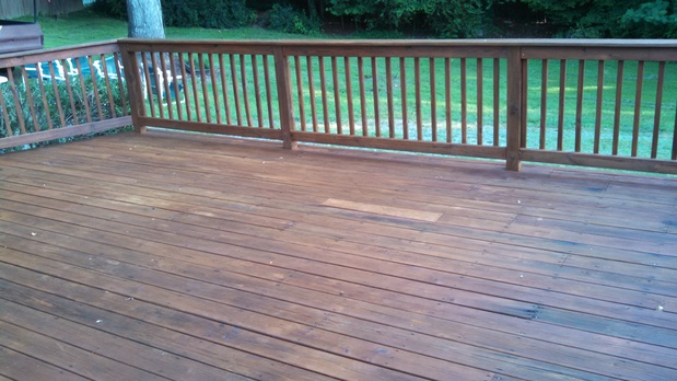 Casual comfortable deck in quinton green lawn wood for Ammons plumbing