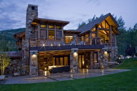 Lodge Home Exterior with under deck entertaining space