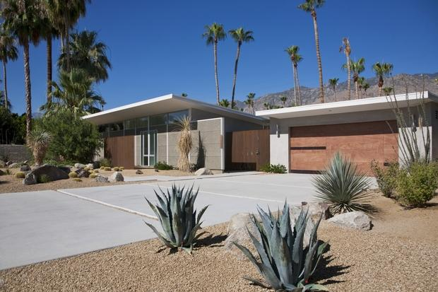 Mid-Century Modern Home Exterior with concrete precast panels