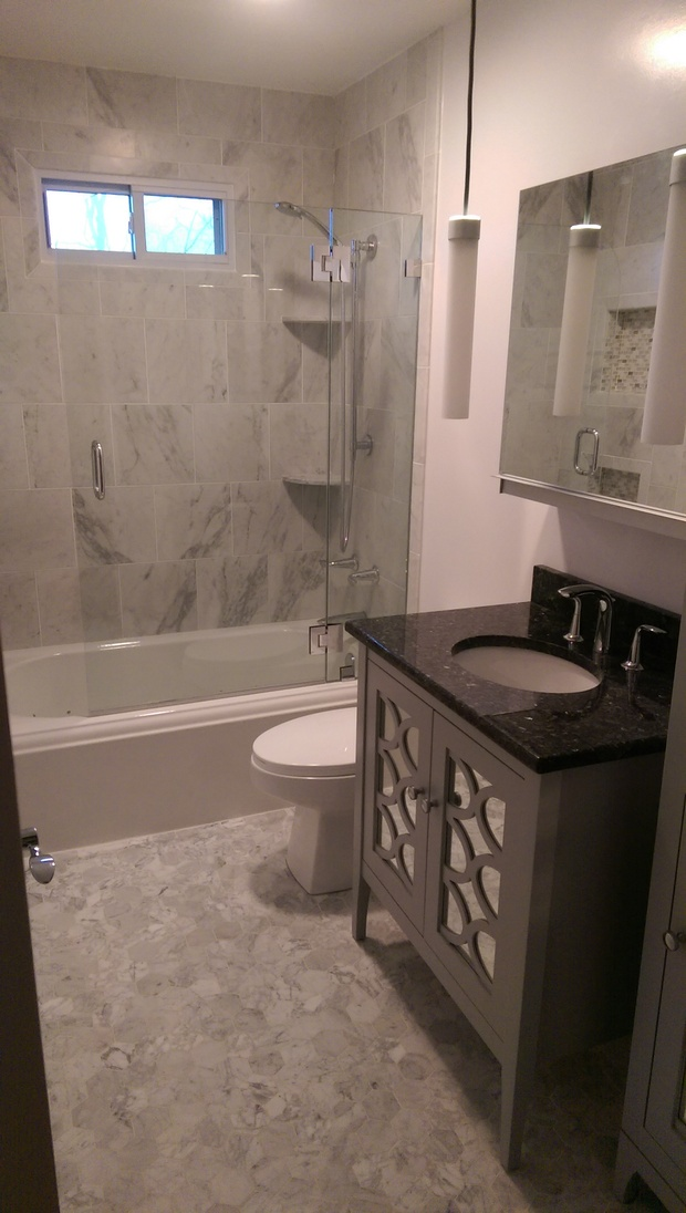 Transitional bathroom in manchester granite countertop for Bathroom design manchester