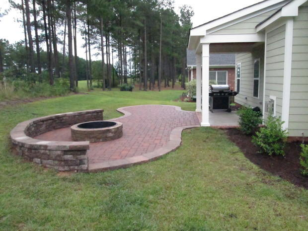 Patio in raleigh by kriz landscaping for Landscape design raleigh