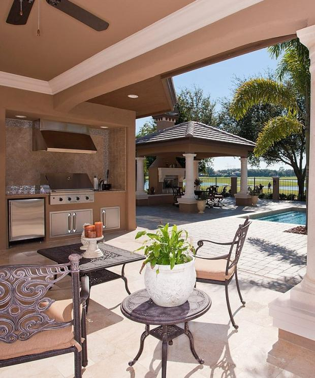 Contemporary Outdoor Kitchen In Holiday