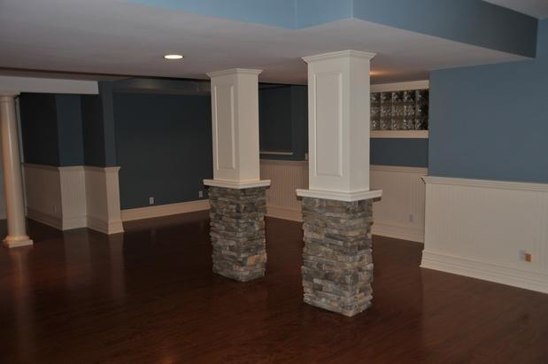 Transitional Basement In Danbury White Columns White