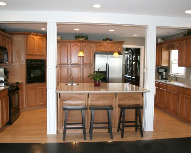 Strange Traditional Kitchen In Georgetown Open Black By Cpr Beatyapartments Chair Design Images Beatyapartmentscom