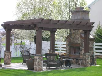 Decks & Porches Design Gallery brings you photos and descriptions about Decks & Porches projects to help give you ideas about what to do with your Decks & Porches.