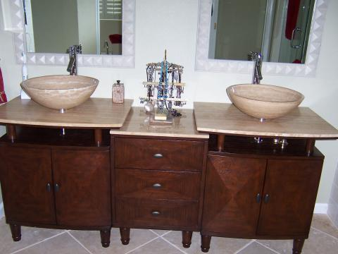Contemporary Master Bathroom with oil rubbed bronze knobs