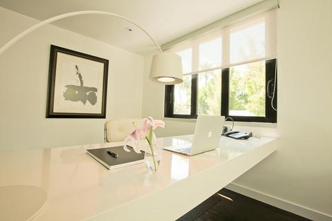 Modern Home Office with white leather office chair