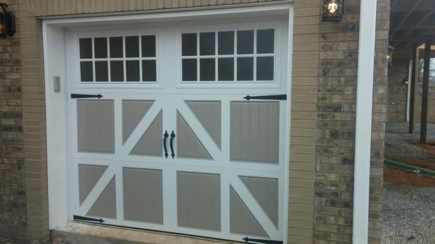 English Garage In Johnson City Gray Brick Brick