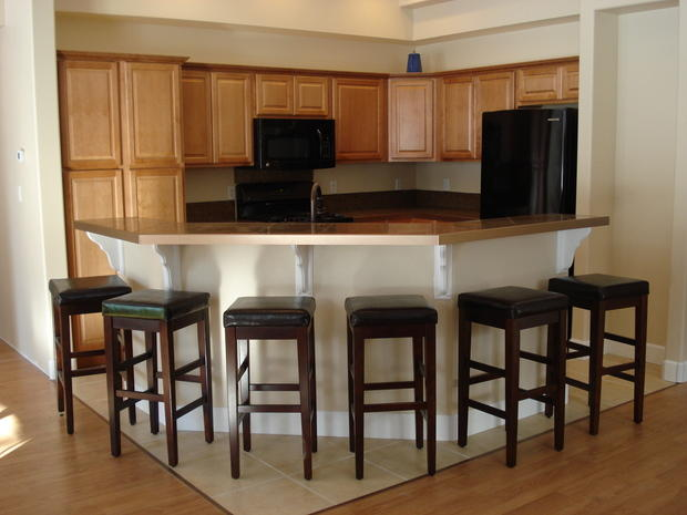 Astonishing Transitional Kitchen In Shawnee Barstools Black By Pdpeps Interior Chair Design Pdpepsorg