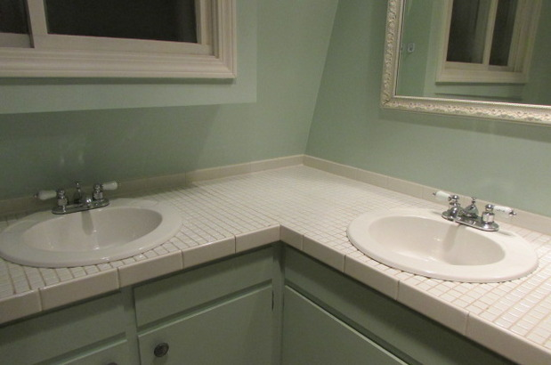 Traditional Bathroom In Grand Rapids Over Mount Sink Framed Mirror By Diversified Cleaning