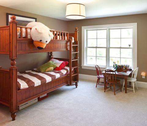 Traditional Kids Room with beige carpet flooring