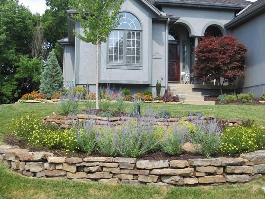 Traditional Landscape In Roeland Dark Brown Garden Mulch