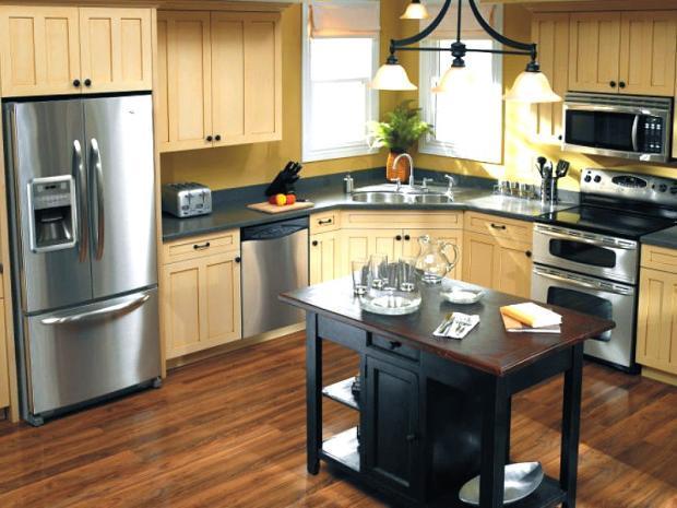 cottage kitchen in sherman oaks