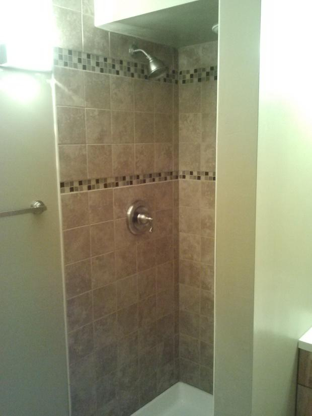 Transitional bathroom in herscher molded shower pan - Intelligent shower ...