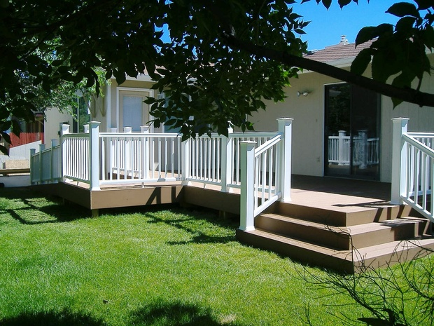 Modern Deck in Casper trex deck vinyl safety rail