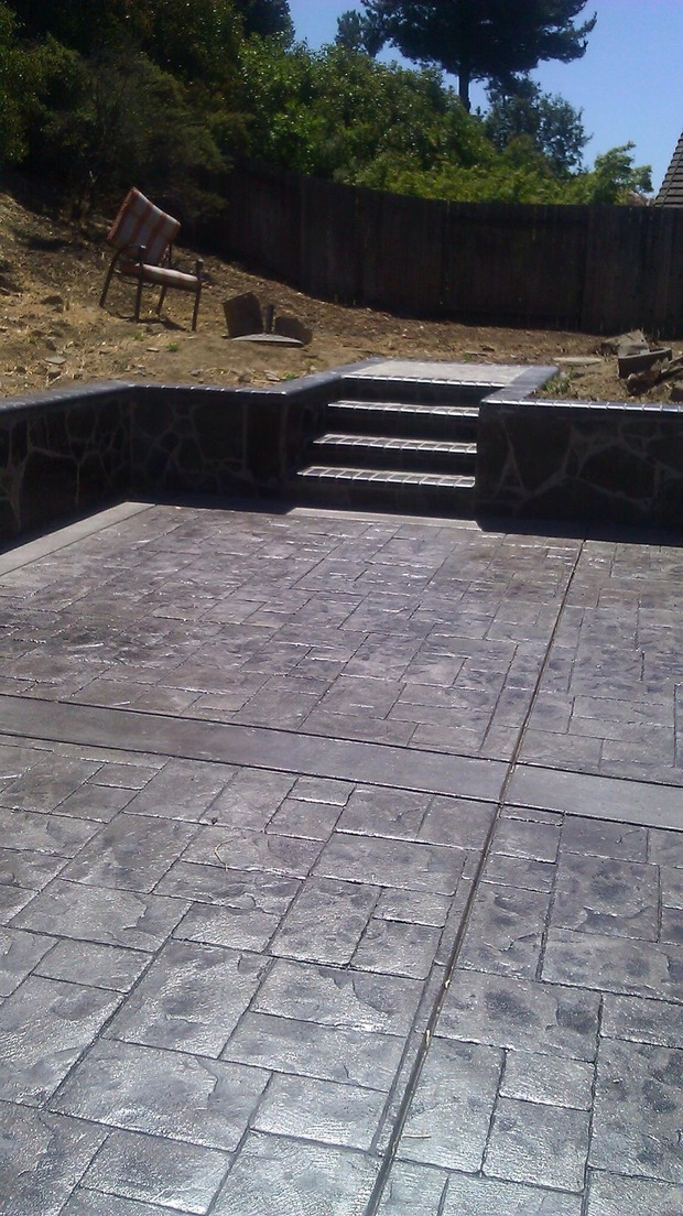 Transitional Patio In Oakland Flagstone Retaining Wall