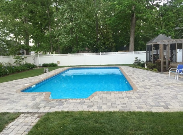 Contemporary pool in virginia beach paver walkway in for Pool design virginia