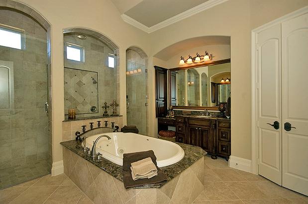 Victorian bathroom in mckinney beige painted walls walk for Bathroom remodel mckinney