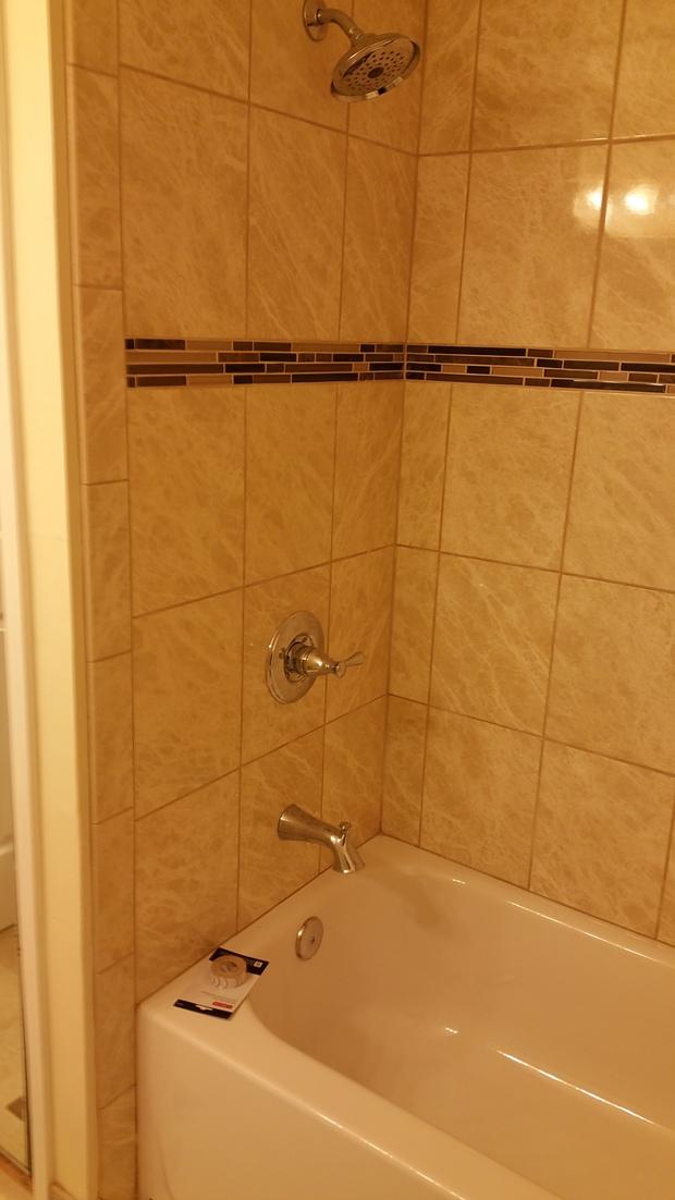Traditional Bathroom In Woodbridge Alcove Bathtub Porcelain Tile By Talant Handyman Service