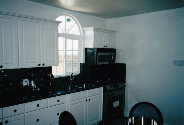 Traditional kitchen in oakland black granite countertop for Oakland kitchen design