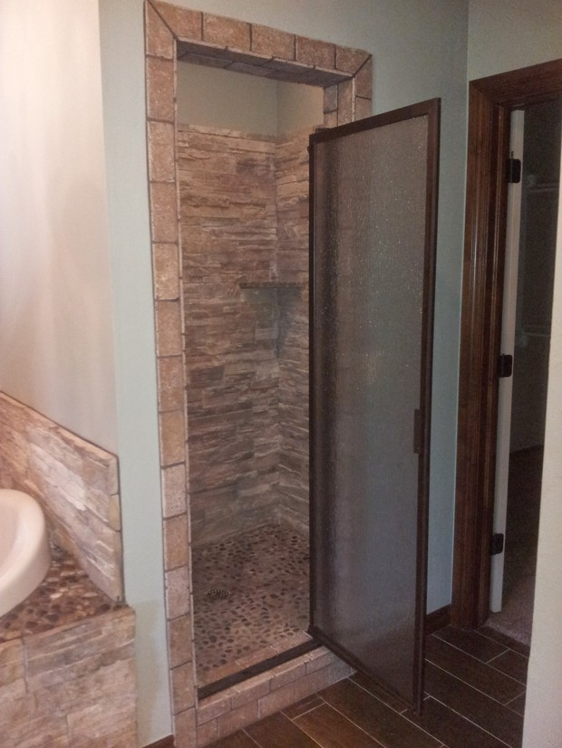 Lodge bathroom in newcastle tile that looks like wood for Bathroom design jobs newcastle