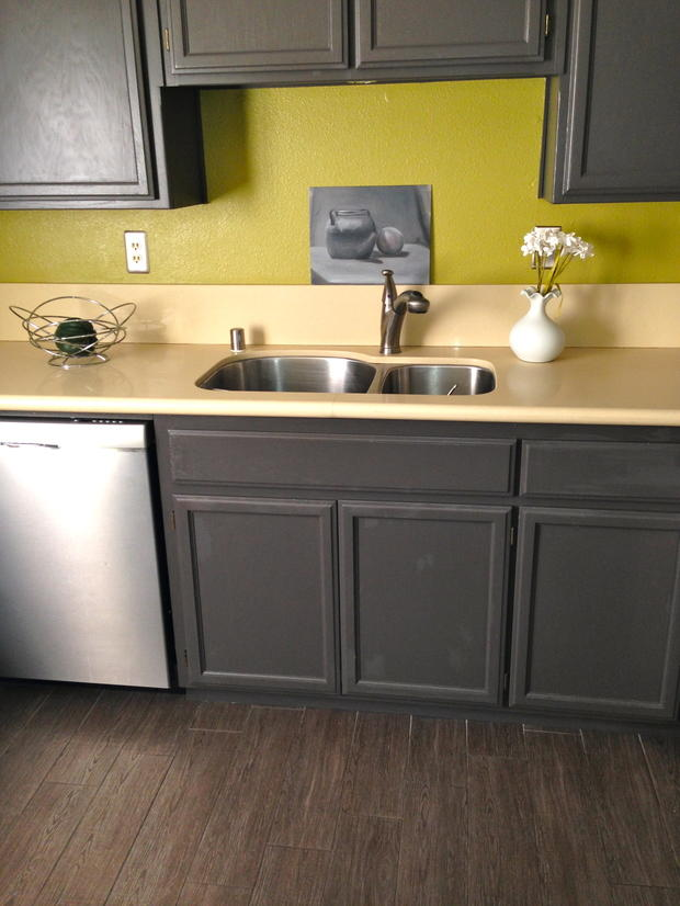Transitional kitchen in oakland raised panel cabinet for Oakland kitchen design