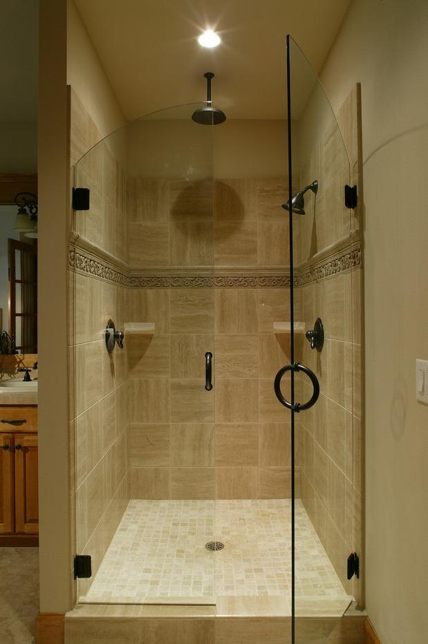 Traditional Master Bathroom with oil rubbed bronze fixture