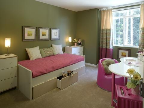 Transitional Kids Room with green painted walls