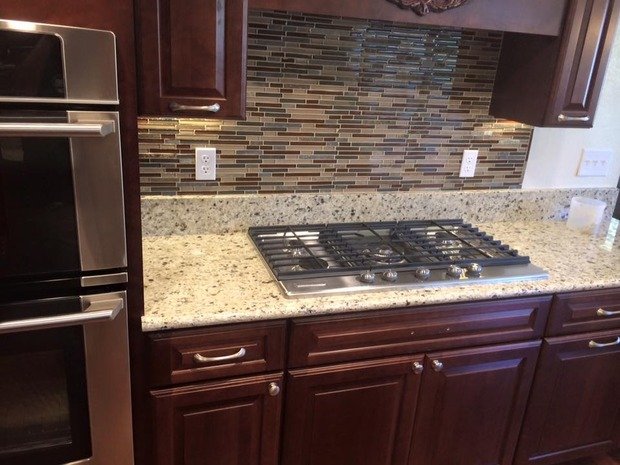 Traditional kitchen in yuba city gas range wall mount for Kitchen remodel yuba city ca