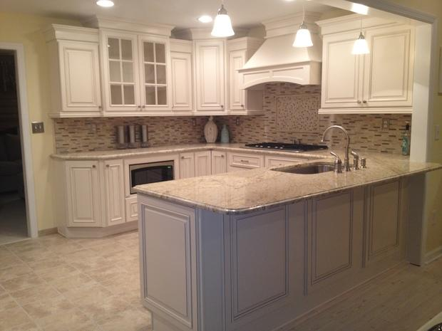 kitchen and bath designs by melody transitional kitchen in brant glass tile 331