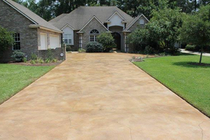 Local Concrete Flatwork Contractors Who Install Driveways and Flooring